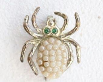 Vintage 1950's Pearlised Spider Brooch Midcentury jewellery original fifties goodwood revival bug brooch jewels pin 50's