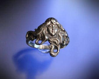 Art Nouveau Flowing Hair Lady Ring Sterling Silver
