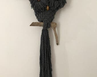 KENNY     |    Handcrafted Macrame Owl    |     CHARCOAL
