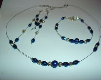 Set 3 pieces, necklaces, bracelets and earrings, electric blue pearl beads, Pearl Earrings oval crystal glass