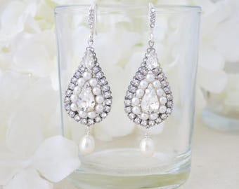 Wedding earring, Swarovski rhinestone and pearl chandelier, Unique teardrop dangle earring, Crystal and pearl bridal earring