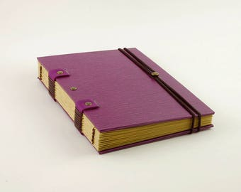 Notebook with elastic closure, 120 pages, textured Purple cover, travel journal, Coptic binding, diary, book