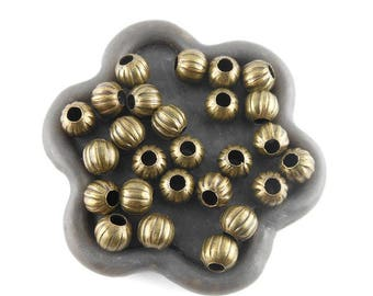 x 50 ribbed round bronze metal stamp 6mm (134C)