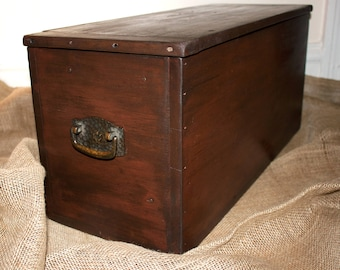 SOLD!!!! ***Primitive box, wood storage chest, storage trunk, rustic wood box, industrial box