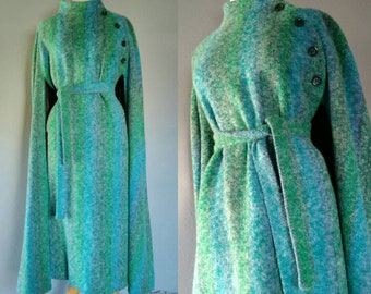 70s Irish Tweed Cape - handwoven Donegal Tweed by Hourihan of Dublin made in Ireland green blue
