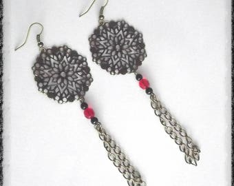 Dangle bronze earrings with black and red beads