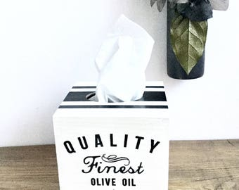 black and white shabby chic tissue box cover/ kleenex box holder, white shabby chic, vintage tissue box cover