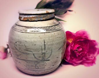 Antique CHINESE GINGER JAR w/Lid~Canton Primitive Pot~Qing Dynasty~Empire~Manchu~Asian Antiquity~Ancient Handmade Stoneware Pot