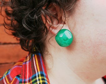 Vintage Green Lucite Clip-on Earrings