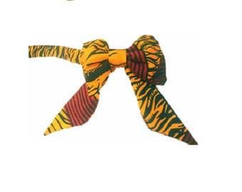 Bow tie, wax