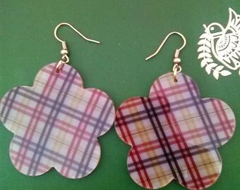 Large plaid flower earrings