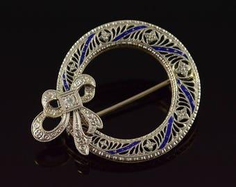 14k 0.02 CT Diamond Filigree Blue Enamel Circle Ribbon Pin/Brooch Gold