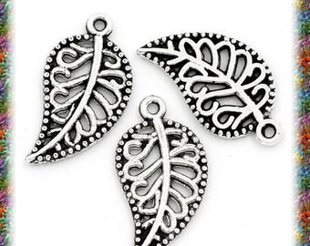 20 beautiful Silver carved leaf aged