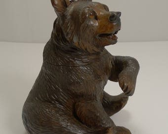 Beautifully Carved Black Forest Bear Inkwell c.1890