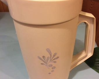 Vintage Cream Tupperware Pitcher, Plastic Juice Pitcher