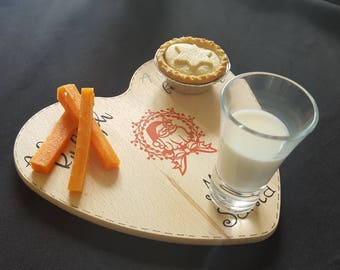 Christmas Eve Wooden Board Santa Plate Father Christmas Mince Pie, Milk and Carrot plate