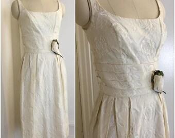 1950s Vintage White Rose Brocade Wiggle Dress Deadstock Vintage Wedding Reception Dress