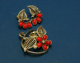 Vintage Gold Tone Rhinestone Red Cab Pin Brooch Screw Back Earring Demi Parure Set - AS IS