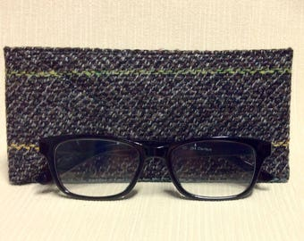 Welsh tweed glasses/spectacles case in mottled black & grey