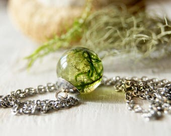 Moss Terrarium Necklace Nature Lover Gift Terrarium Jewelry Resin Moss Jewelry Nature Inspired Eco Botanical Jewelry Forest Resin Gift