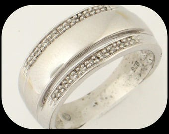 New 18 Diamond (0.10 CTW) Band RING 925 Sterling Silver