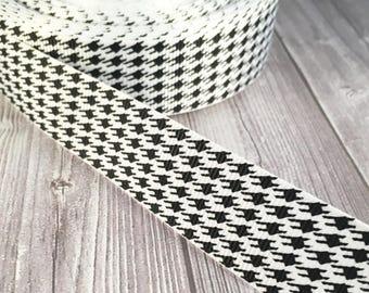 "Houndstooth ribbon - 7/8"" grosgrain ribbon - Black white ribbon - Crafting ribbon - Hair bow ribbon - Headband ribbon - Key fob ribbon"