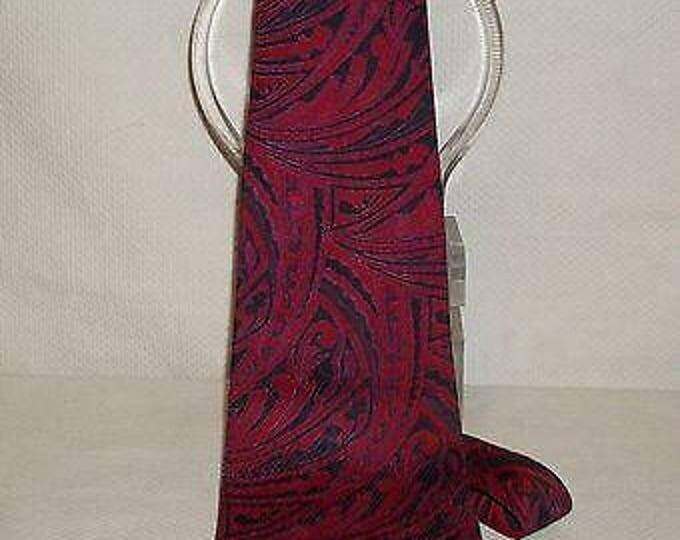 Vintage 70s 80s Psychedelic Mens Montgomery Wards Red Purple Black Paisley Wide Necktie Neck Tie
