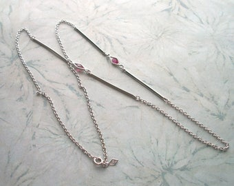 "Vintage Signed SARAH COV Silver tone Fuschia Rhinestone Necklace,long,30"" chain"