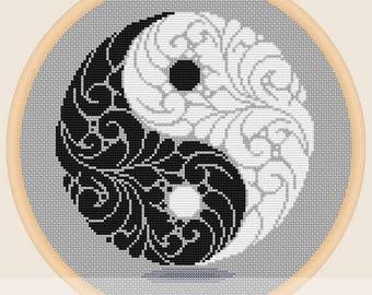 Yin yang symbol - Cross stitch pattern