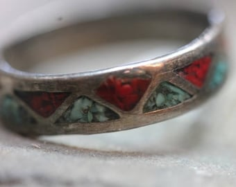Old Vintage Sterling Silver Crushed Turquoise Coral Stone Band Ring