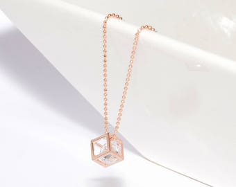 """Rose gold dainty necklace pendant """"Crystal en Cage"""" square graphic"""