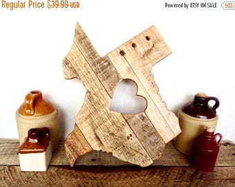 ON SALE Wood Texas Cutout - Wooden Texas Sign - Texas Wall Decor - Reclaimed Wood Wall Art - Pallet Wood Sign - Rustic Home Decor - Home Sta