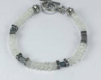 Handmade Genuine Moonstone bracelet, Labradorite bracelet beaded, Labradorite, Moonstone Jewelry, labradorite jewelry, gift for her bracelet