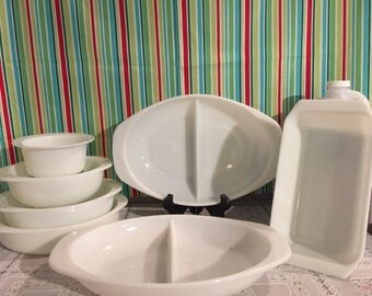 Vintage set of white, opal pyrex dishes, 7 piece set.