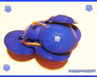 6 buttons plastic blue vintage - sewing or scrapbooking