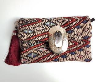Vintage Tribal kilim Clutch bag with buckle and tassel / Shoulder bag / Boho Style Bag / Kilim handbag / Unique clutch Bag /