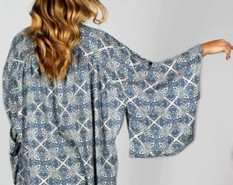 Kimono, Boho Kimono, Boho Clothing, Kimono Cardigan, Music Festival Clothing, Blue and White Kimono, Swimsuit Cover up, Coverup, Beachwear
