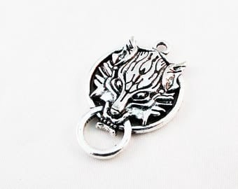 CT25 - large pendant connector Lion Wolf silver Final Fantasy