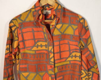 70s Lady Van Heusen geometric shirt// Psychedelic Fall Halloween soft cotton flannel button down blouse//  Women's size small S