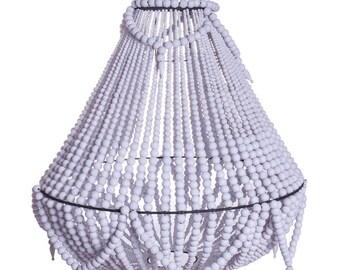 La condesa chandelier white