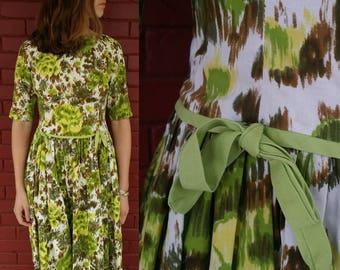 1950's Princess Line / 50's Dress / Vintage 1950's Dress