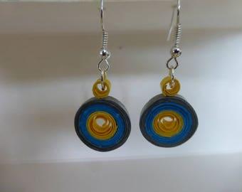 Rolled paper earrings