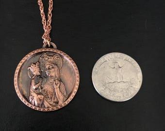 """Vintage Saint Anne medallion, St Anne de Beaupre religious pendant, copper tone overlay pendant, 1 1/4"""" diameter w/ 18"""" copper link chain"""