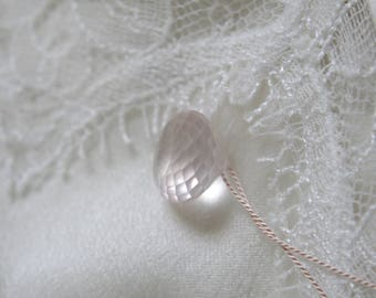Necklace silk Madagascar Rose Quartz of briolett on silk chain birth Stone Rose Quartz