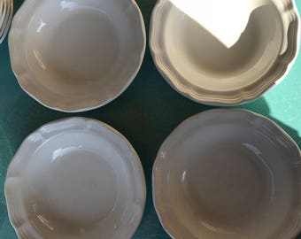 Mikasa vintage French Countryside F9000 4 piece bowls