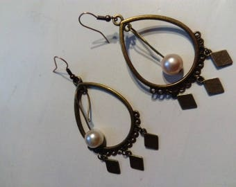 Ethnic earring Pearl and copper