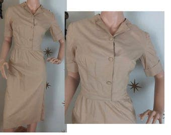 Vintage 1950s beige cotton wiggle day dress medium 243