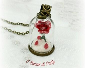 Collana con rosa in ampolla La Bella e la Bestia