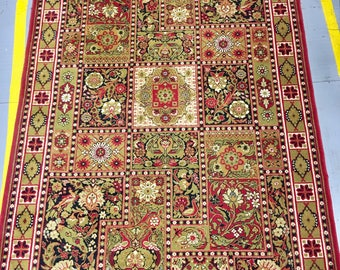 Beautiful bright rug 100%wool geometric carpet red and green color warm vintage carpet old retro style big rug suitable for home&restaurant.