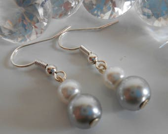 Duo of light grey and white pearls wedding earrings